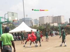 Basketball: premiers dunks de la saison