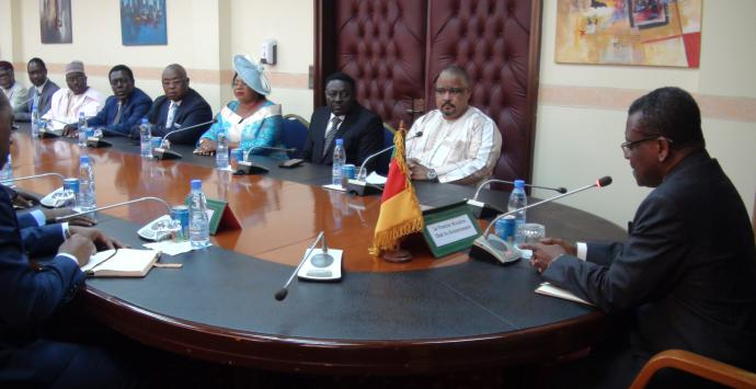 Les prémices du Grand dialogue national