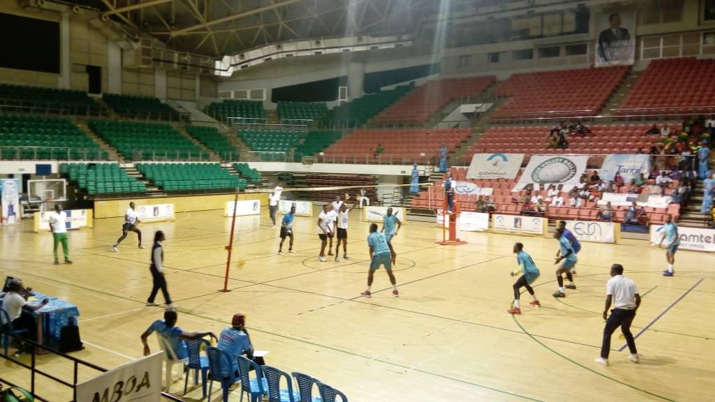 Volley-ball : Les équipes nationales cadets filles et garçons marchent sur leurs adversaires au cours de la 5ème journée du tournoi des partenaires de la FECAVOLLEY