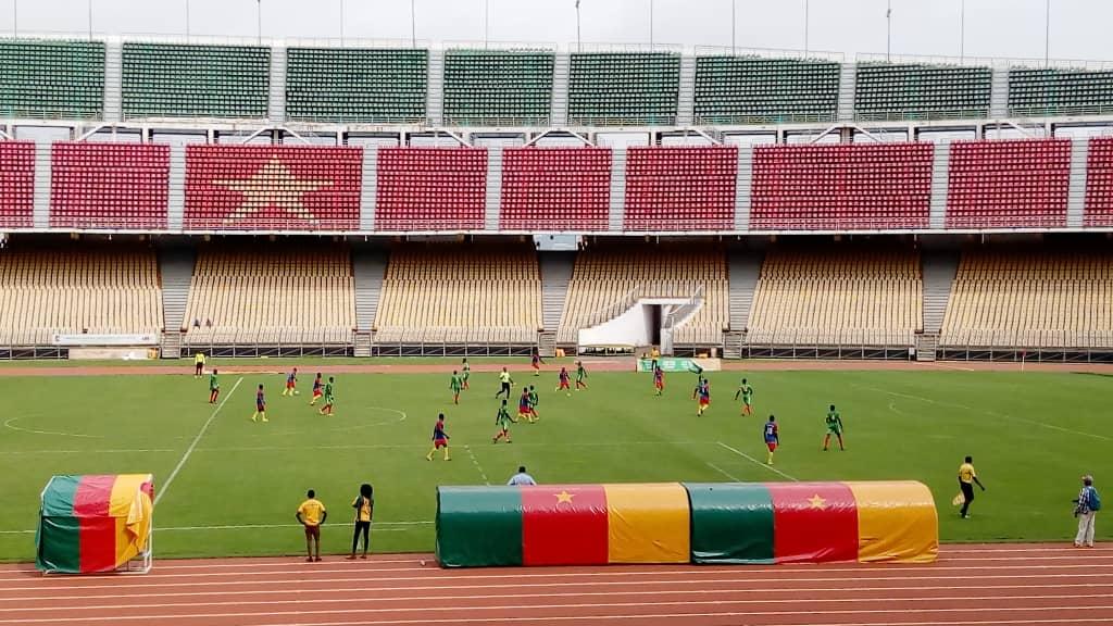 Para sport : 1ère Edition des jeux pour personnes spéciales de l'Afrique francophone, l'équipe de la fédération camerounaise pour déficients intellectuels en or au football